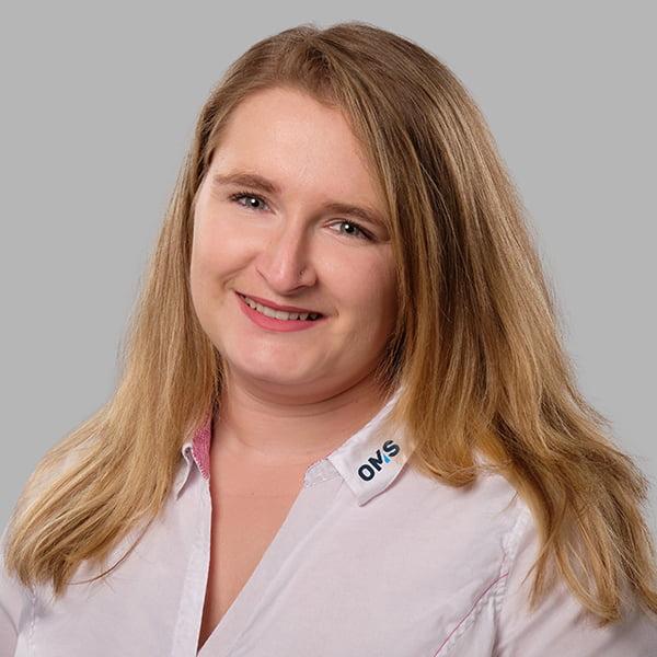 Ann-Kathrin Krauß - Sales Managerin OMS Prüfservice GmbH Straubing