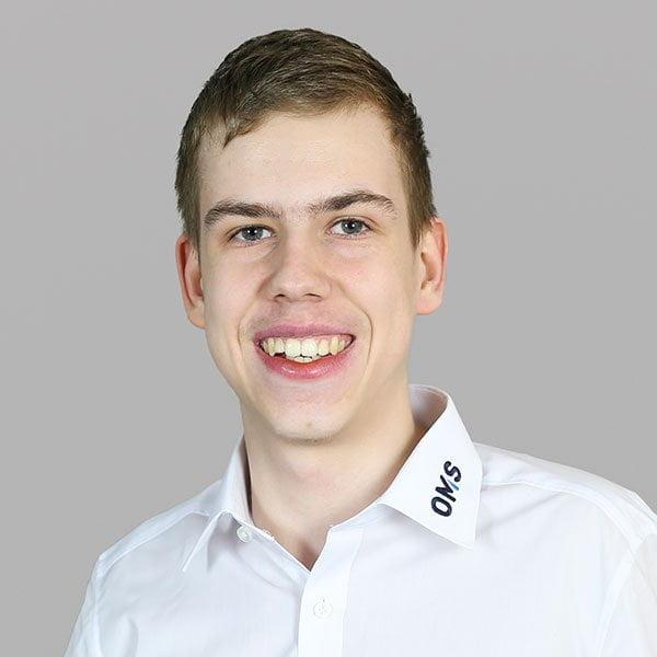 Simon Schlott - PAT Engineer - OMS Prüfservice GmbH Stuttgart